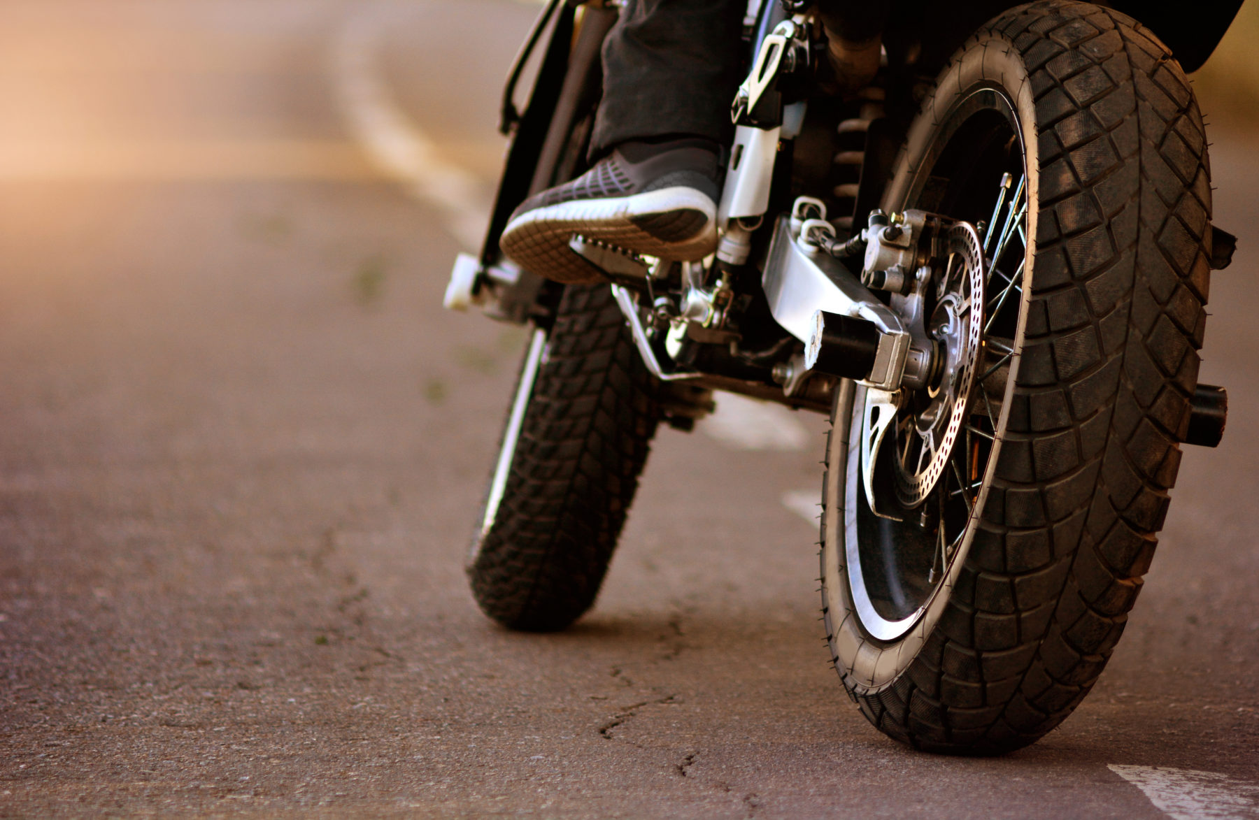 Motocicleta en las carreteras en Antioch, Tennessee